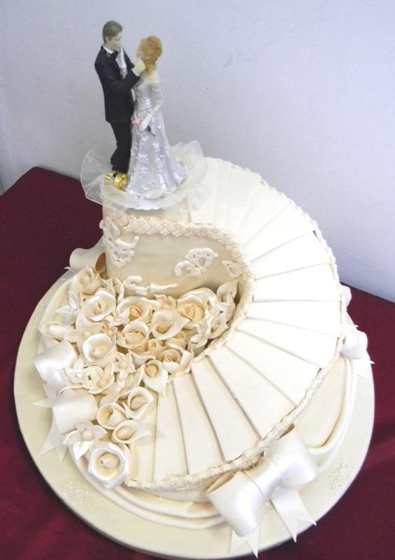 Tort Nunta N73 Drum Cu Flori Cofetaria Paradis