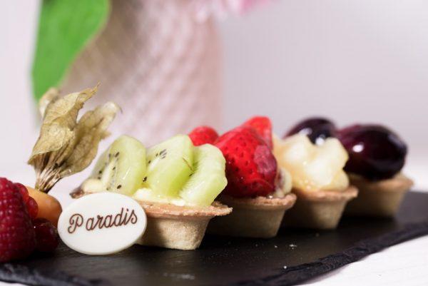 comanda online mini tarte cu fructe cofetaria Paradis