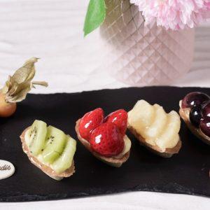 mini tarte cu fructe cofetaria Paradis