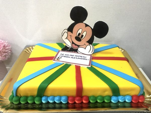 Tort multicolor Mickey Mouse